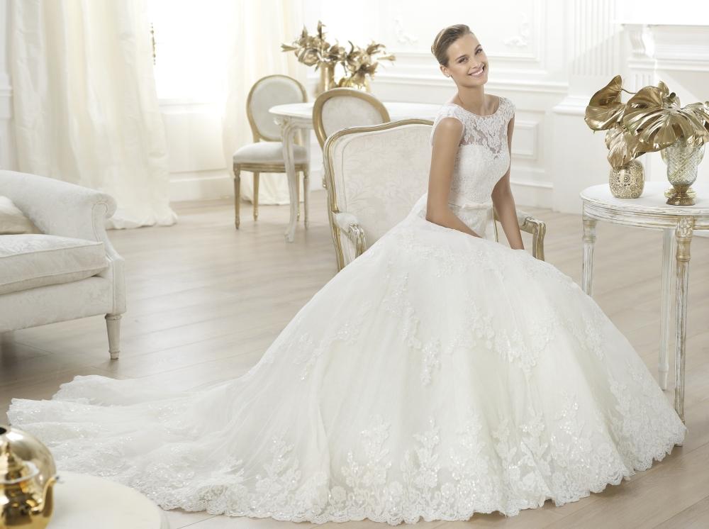Можно ли просто так мерить свадебное платье в салоне