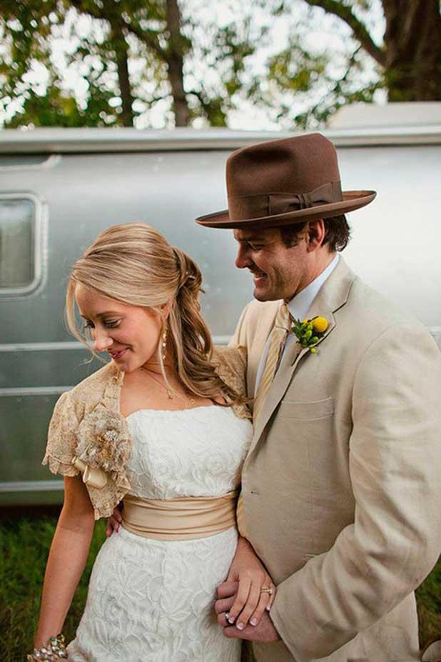 Сочетание цвета платья невесты и жениха