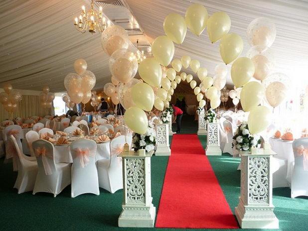 Как лучше украсить зал для свадьбы