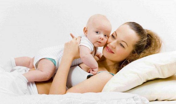 Женщина с ребенком
