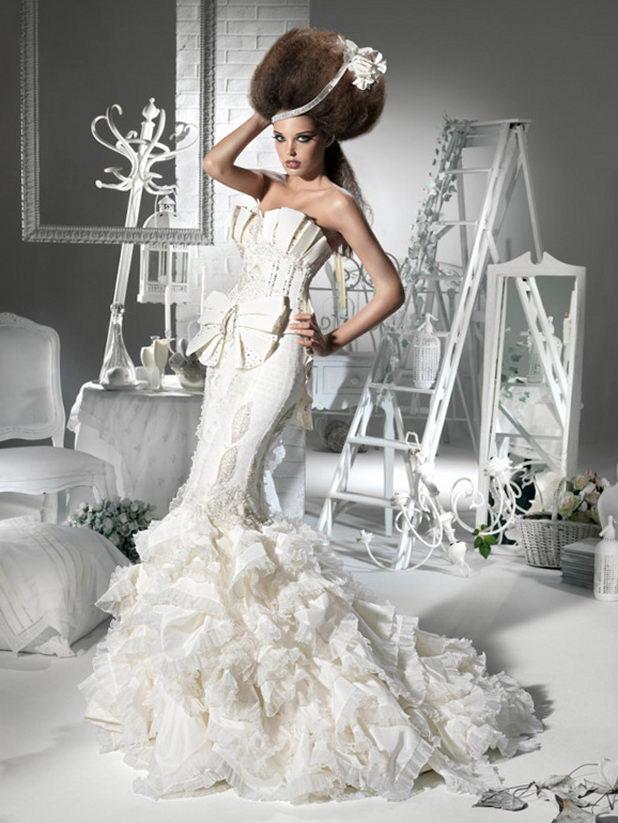 Экстравагантное свадебное платье