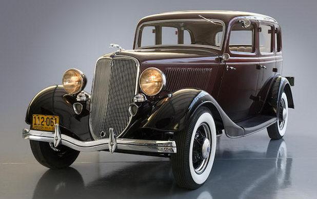 Ford Fordor Sedan 1933